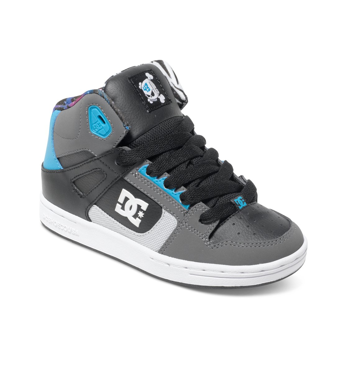 Rebound KB - Dcshoes������� ���� Rebound KB ��� ��������� �� DC Shoes. <br>��������������: ������ �� ���� �����, ����������� ���������, ������� ��� � �������������� ���������, ������� ���� � ������� � ������ ������������, ���� � ��������� �����������, ��������� ��� �������� � ���������� �� �����������, ����������� Cupsole, ������������� ���������� �������, ��������� ������� ���������� ������� DC Pill Pattern. <br>������: ����: ���� / ���������: �������� / �������: ������.<br>