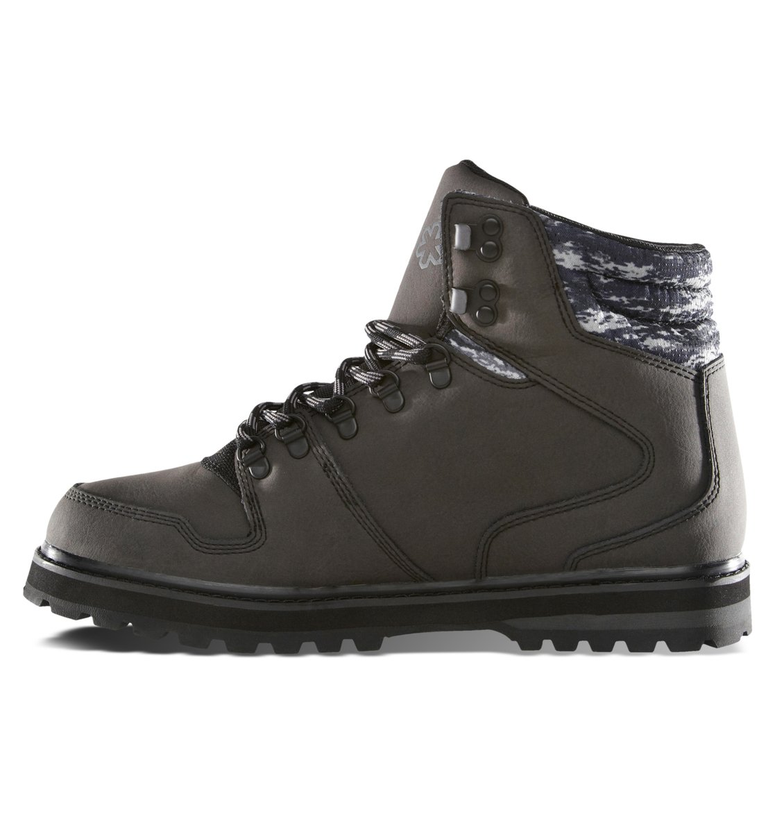 Mens Peary SPT Boot Black Camo