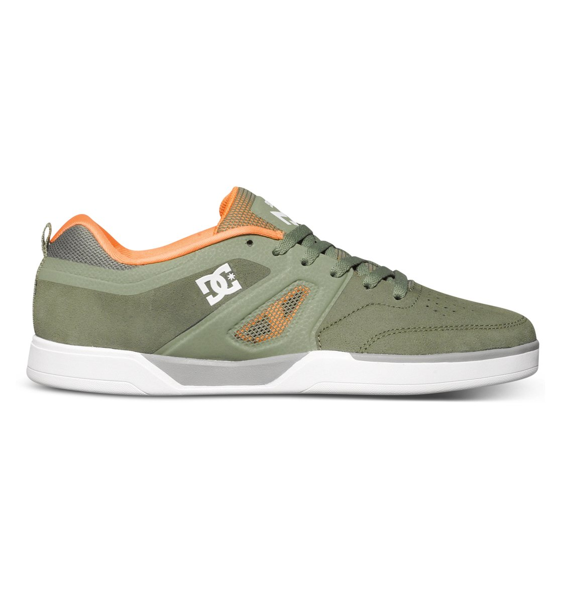 Matt Miller S - Dcshoes������ ���� Matt Miller S �� DC Shoes � ������� �� ��������� ����� 2015�. ��������������: ���� �� ����� Super Suede, ������� ��������� �����������, ������� ���� � ������� �� �����.<br>