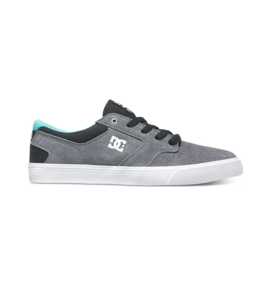Nyjah Vulc - Dcshoes������ ������� ���� Nyjah Vulc �� DC Shoes. <br>��������������: ��������� � ��������� �� ������, ��������� ������ ��������, ������� �������� ����, ������� ��������������� ��� � ������������ ��������, ���������� ��� �������������, ������������ ������� � ������� �� ����, ������� �� ������� � ������� �� �����, ������� ���������� Impact S, ������� ���� � ������� � ������ ������������, ����������������� ����������� ��� ����� ������� �������� �����, ������������� ���������� �������, ��������� ������� ���������� ������� DC Pill Pattern. <br>������: ����: ���� / ���������: �������� / �������: ������.<br>