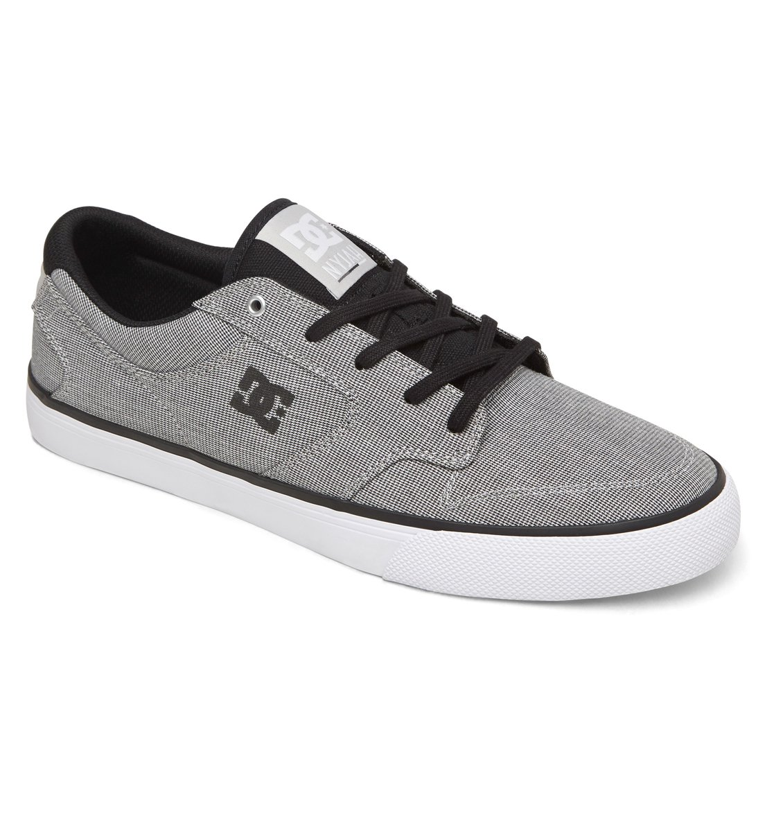 DC Shoes is an American company that specializes in footwear for action sports, including skateboarding and slubedcevo.ml company also manufactures apparel, bags, accessories, hats, shirts, and posters.