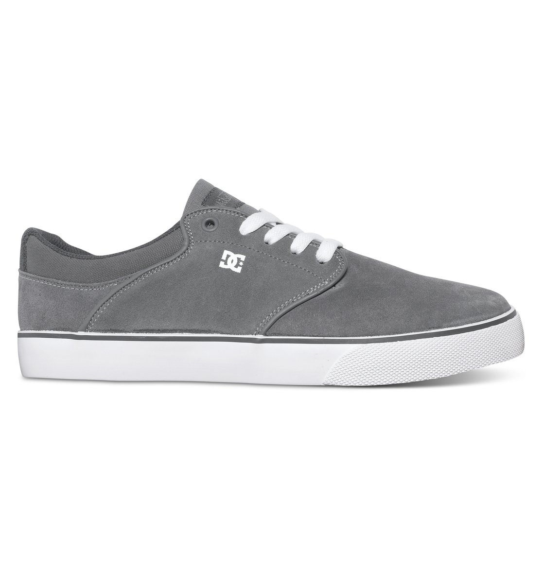 Mikey Taylor Vulc - Dcshoes������ ������� ���� Mikey Taylor Vulc �� DC Shoes. <br>��������������: ������ ����� ������� � ����������������� ������������, ���� �� ����� � ��������, ������ � ������������ �������, ������������ � ����� ������� �������. <br>������: ����: ���� / ���������: �������� / �������: ������.<br>
