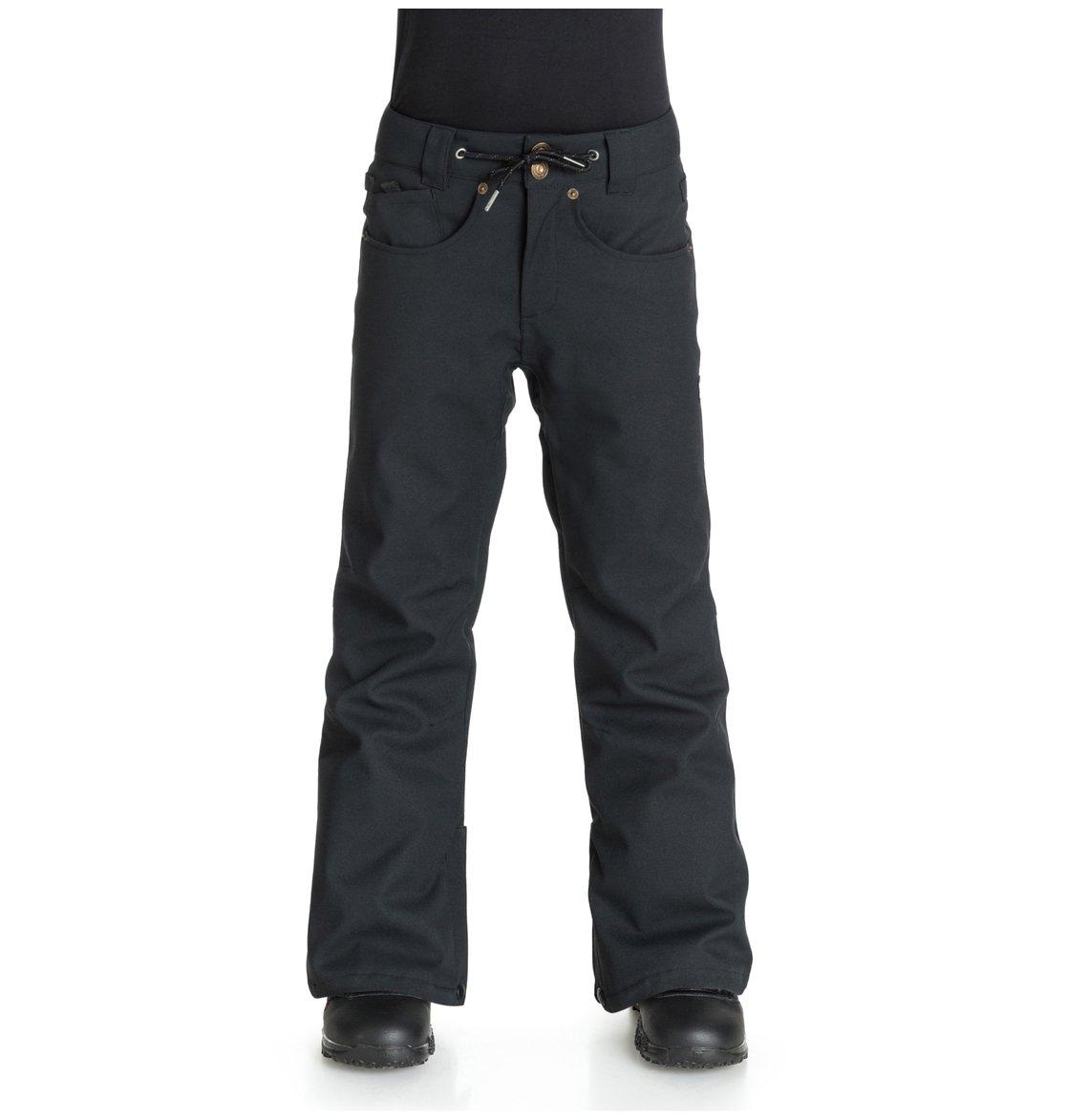 RelayСноубордические штаны Relay для мальчиков из сноубордической коллекции DC Shoes. ХАРАКТЕРИСТИКИ: критические швы проклеены, вентиляция штанин с сеточной подкладкой, гейтеры штанин с подбивкой из тафты, вшитая регулировка талии с джинсовой отделкой, края штанин на кнопке. СОСТАВ: 100% полиэстер.<br>