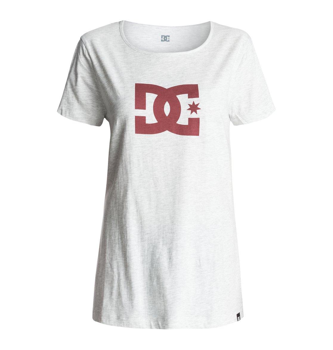 Wo Star T-ShirtЖенская футболка Star от DC Shoes. <br>ХАРАКТЕРИСТИКИ: короткие рукава, полусвободный крой boyfriend fit, мягкий графический принт. <br>СОСТАВ: 100% хлопок.<br>
