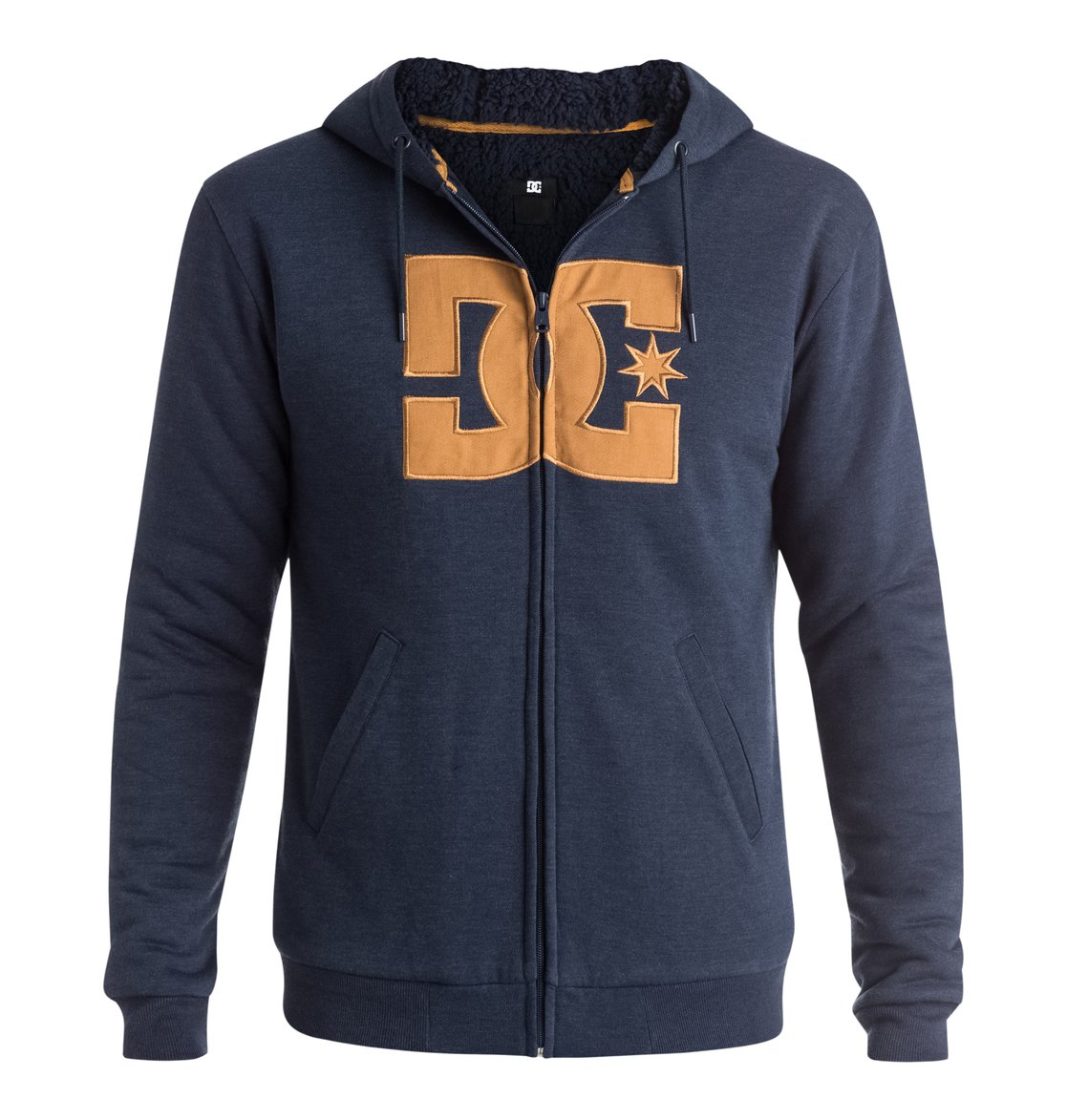 Rebel Star Sherpa - Dcshoes������� ���� Rebel Star Sherpa �� DC Shoes. <br>��������������: ��������� �� ����������������� �����, ����������� ������� ��������� �����, �������-���������� DC � ��������, ����� � ��������� DC. <br>������: 60% ������, 40% ���������.<br>