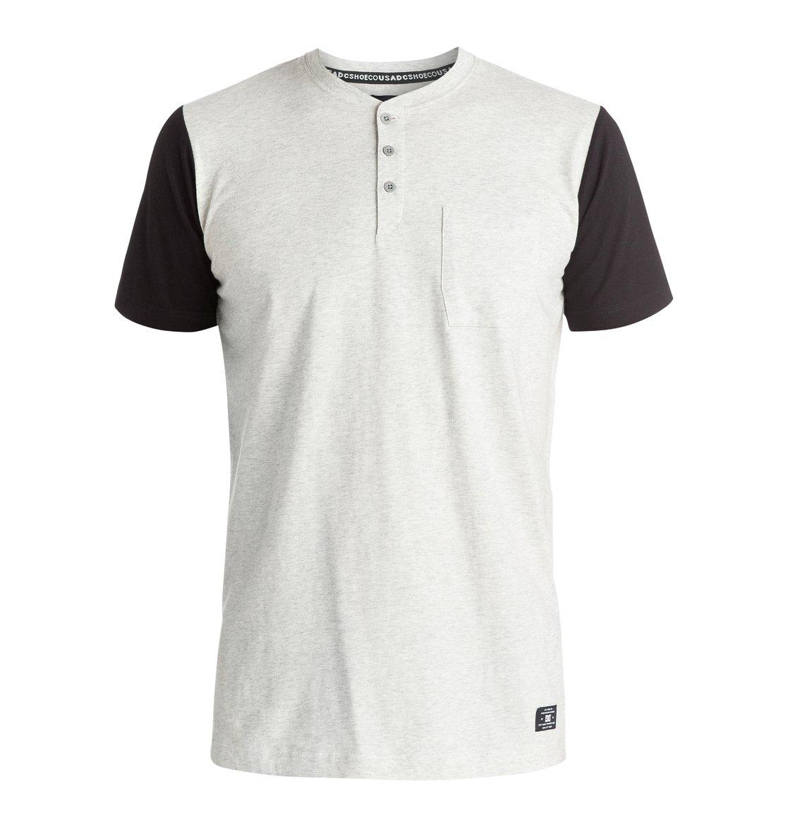 Willowbrook T-ShirtМужская футболка Willowbrook от DC Shoes. <br>ХАРАКТЕРИСТИКИ: мягкий трикотаж, классический дизайн Henley, воротник в бейсбольном стиле и в рубчик и нагрудный карман, тело и рукава контрастного цвета. <br>СОСТАВ: 100% хлопок.<br>