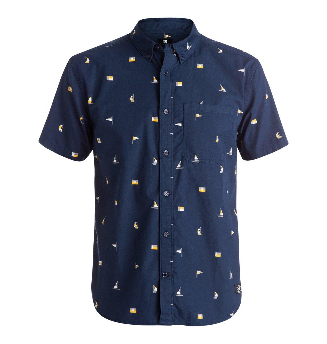 Vacation Short Sleeve ShirtМужская рубашка Vacation с коротким рукавом от DC Shoes. <br>ХАРАКТЕРИСТИКИ: стандартный крой, легкий хлопок, сплошной принт, нагрудный карман. <br>СОСТАВ: 100% хлопок.<br>