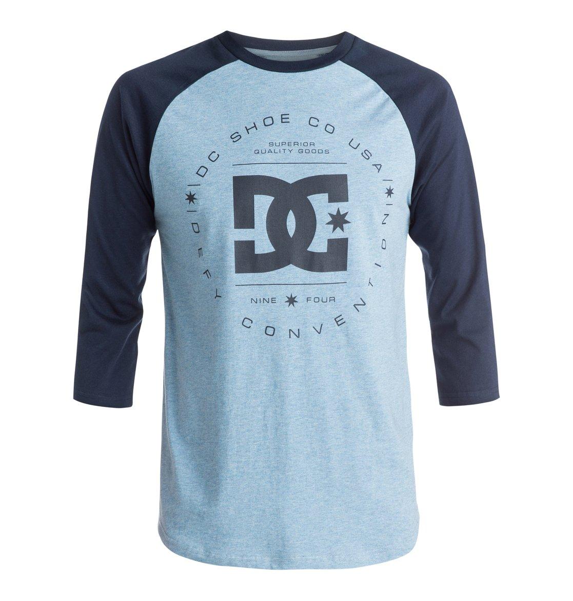 Rebuilt Raglan T-ShirtМужская футболка Rebuilt Raglan от DC Shoes. <br>ХАРАКТЕРИСТИКИ: стандартный крой, рукава-реглан, мягкий графический принт. <br>СОСТАВ: 85% хлопок, 15% полиэстер.<br>