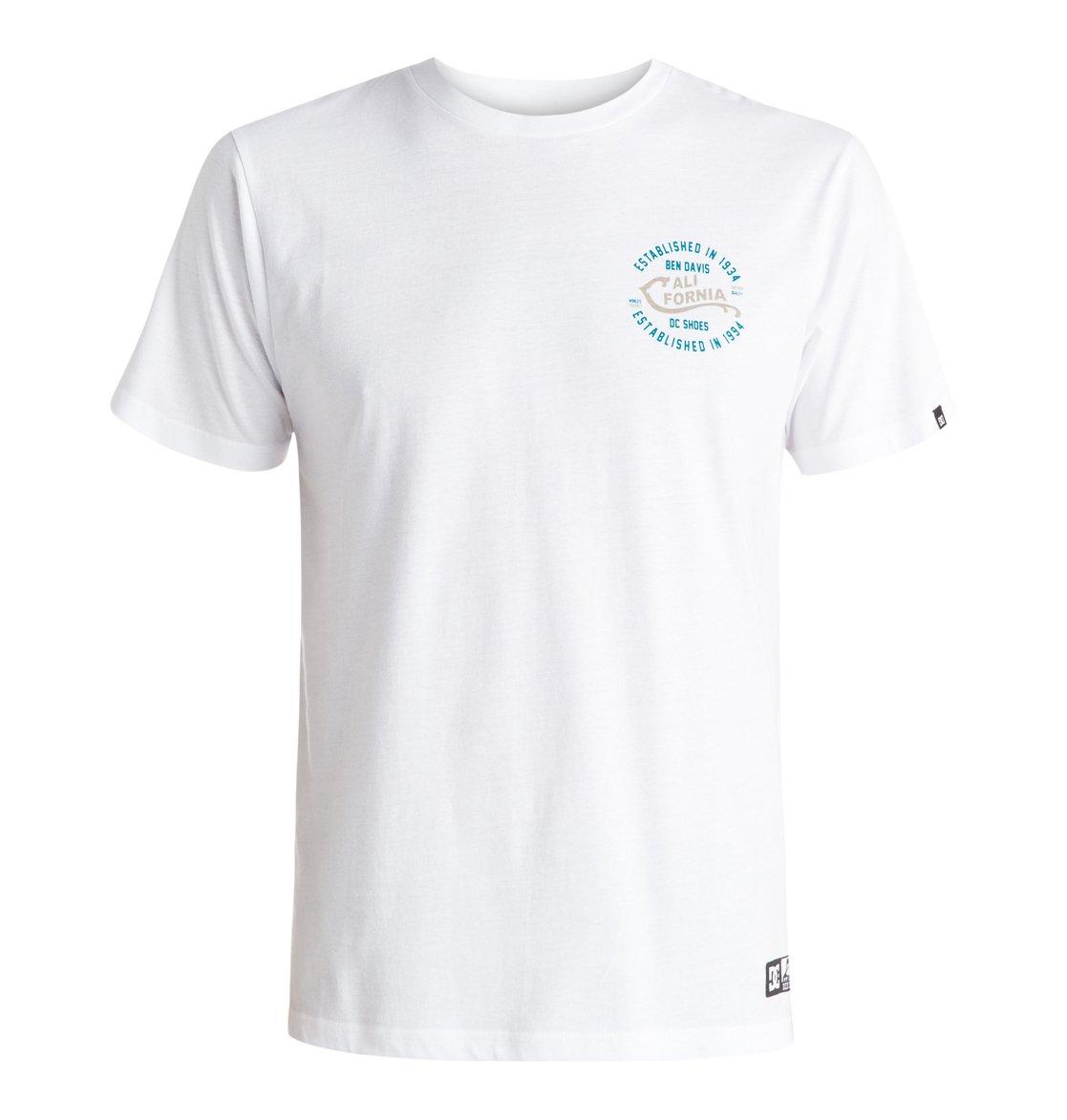 Califorya T-ShirtМужская футболка Califorya от DC Shoes. <br>ХАРАКТЕРИСТИКИ: коллаборация DC x Ben Davis, стандартный крой, мягкий графический принт. <br>СОСТАВ: 100% хлопок.<br>