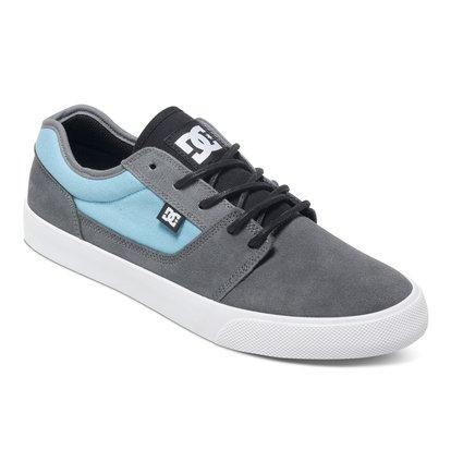TonikНизкие мужские кеды Tonik от DC Shoes. <br>ХАРАКТЕРИСТИКИ: верх из парусины и суперпрочной замши Heavy Duty Suede, вулканизированная конструкция для более чуткого контроля доски, износостойкая каучуковая подошва, фирменный рисунок протектора подошвы DC Pill Pattern. <br>СОСТАВ: ВЕРХ: кожа / ПОДКЛАДКА: текстиль / ПОДОШВА: каучук.<br>