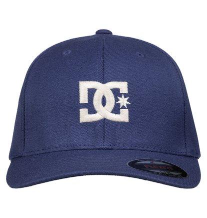 Cap StarМужская бейсболка Cap Star от DC Shoes. <br>ХАРАКТЕРИСТИКИ: X-fit Flexfit, разный текстиль в зависимости от расцветки, козырек Permacurve, плоский вышитый логотип DC, маленький вышитый логотип DC. <br>СОСТАВ: 98% хлопок, 2% эластан.<br>