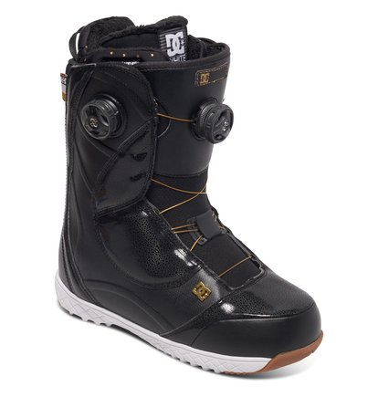 Сноубордические ботинки MoraOur top of the line Mora boot is equipped with DC's best technologies for flawless fit, comfort, and adjustability. It features premium materials and Boa® Dual Focus closure, and for extra style points, we added gold Boa® cables.<br>