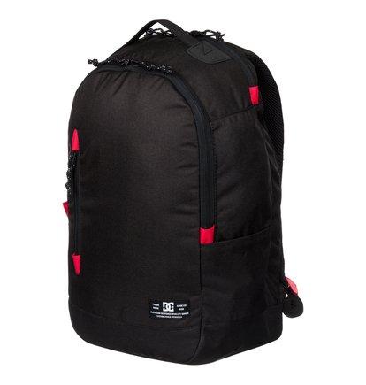 Trekker BackpackМужской рюкзак Trekker от DC Shoes.ХАРАКТЕРИСТИКИ: вместительное основное отделение, небольшой плоский карман спереди, отделение для ноутбука, внутренний органайзер, ярлык с логотипом DC спереди, уплотненные заплечные лямки с регулировкой длины, поперечная нагрудная лямка, уплотненная спинка, размер – 52 x 30 x 19 см, объем – 23,8 л.СОСТАВ: 100% полиэстер.<br>