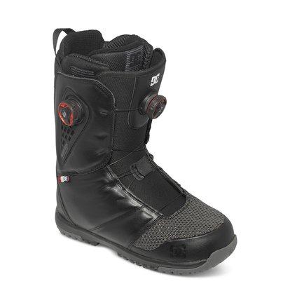 JudgeМужские сноубордические ботинки Judge от DC Shoes. <br>ХАРАКТЕРИСТИКИ: система шнуровки Boa Focus с диском H3 Coiler, подошва UniLite с использованием каучука, внутренний сапог Black Liner, стелька Impact S, регулировка лодыжки при помощи внутренней утяжки, эргономичная конструкция, система вентиляции Aerotech, текстиль SuperFabric, шнурки Boa Black SS.<br>