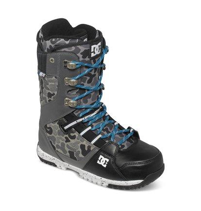 MutinyМужские сноубордические ботинки Mutiny из сноубордической коллекции DC Shoes. ХАРАКТЕРИСТИКИ: традиционная шнуровка, каучуковая контактная подошва UniLite, внутренний сапог White, стелька Impact S, трос выведен в стенки лодыжки. <br>
