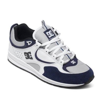 Kalis Lite Low Top ShoesНизкие мужские кеды Kalis Lite от DC Shoes. <br>ХАРАКТЕРИСТИКИ: дизайн основан на первой промодели Кэлиса JK1 1998 года, классический профиль и панельный дизайн, удобная подошва выполнена по принципу беговой обуви, превосходный выбор на каждый день. <br>СОСТАВ: верх – кожа / подкладка – текстиль / подошва – каучук.<br>