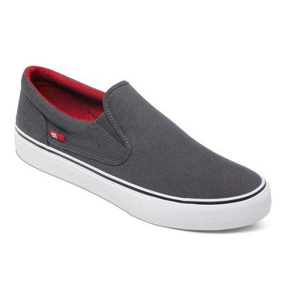 Trase Slip On ShoesНизкие мужские кеды Trase от DC Shoes. <br>ХАРАКТЕРИСТИКИ: низкопрофильный дизайн, минималистичный верх, логотип DCSHOECOUSA в районе пятки, логотип со звездой на подошве, высоко расположенная бейка – смотрится необычно и стильно, парусиновая скрепляющая лента, особый текстильный верх, эластичные вставки, ярлык с логотипом, сеточный внутренник с трафаретным принтом с логотипом, вулканизированная конструкция, износостойкая каучуковая подошва, фирменный «утопленный» рисунок протектора подошвы DC Pill Pattern. <br>СОСТАВ: верх – текстиль / подкладка – текстиль / подошва – каучук.<br>