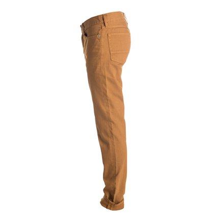 Colour Jean 32 Slim Fit JeansУзкие мужские джинсы Color Jean 32 от DC Shoes. <br>ХАРАКТЕРИСТИКИ: удобный слегка эластичный деним, узкий крой, ширинка на молнии, декоративные металлические заклепки. <br>СОСТАВ: 98% хлопок, 2% эластан.<br>