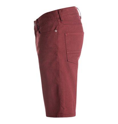 Colour Straight Denim ShortsМужские джинсовые шорты Color Straight от DC Shoes. <br>ХАРАКТЕРИСТИКИ: комфорт за счет эластичности, цветной деним, прямой крой, ширинка на молнии, декоративные металлические заклепки, кожаная нашивка с перфорацией на поясе сзади, ярлык с логотипом DC на заднем кармане, кокетка «наоборот» на спине. <br>СОСТАВ: 98% хлопок, 2% эластан.<br>