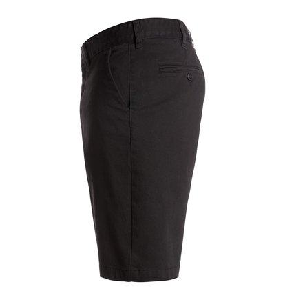 Worker Straight ShortsМужские шорты Worker Straight от DC Shoes. <br>ХАРАКТЕРИСТИКИ: легкая эластичная саржа, прямой крой, скошенные передние карманы, ширинка на молнии. <br>СОСТАВ: 98% хлопок, 2% эластан.<br>