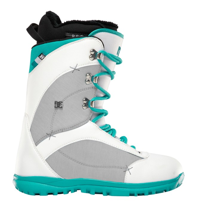 0 Women's Karma Snow Boots White ADJO200002 DC Shoes