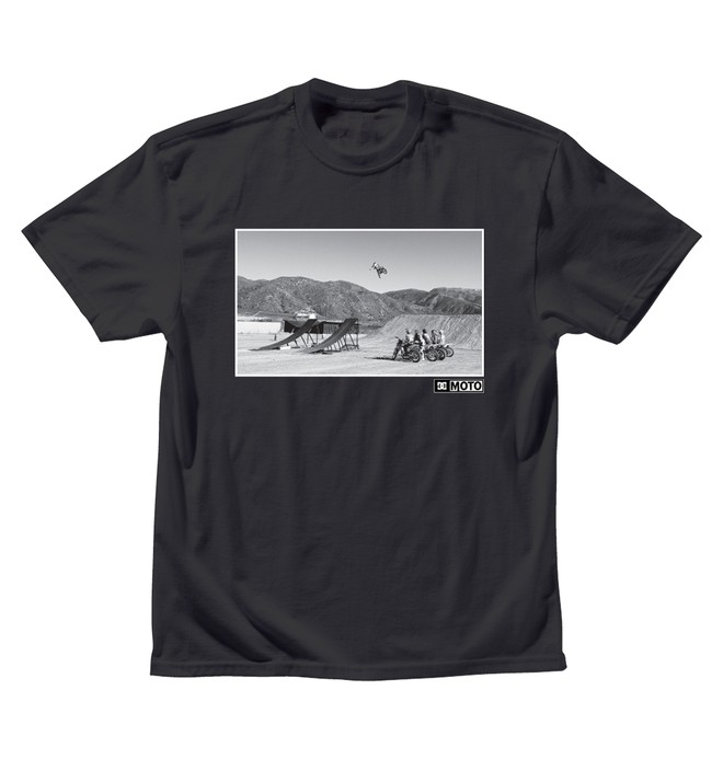 0 Men's DC Moto Team Photo Tee  ADYZT00293 DC Shoes