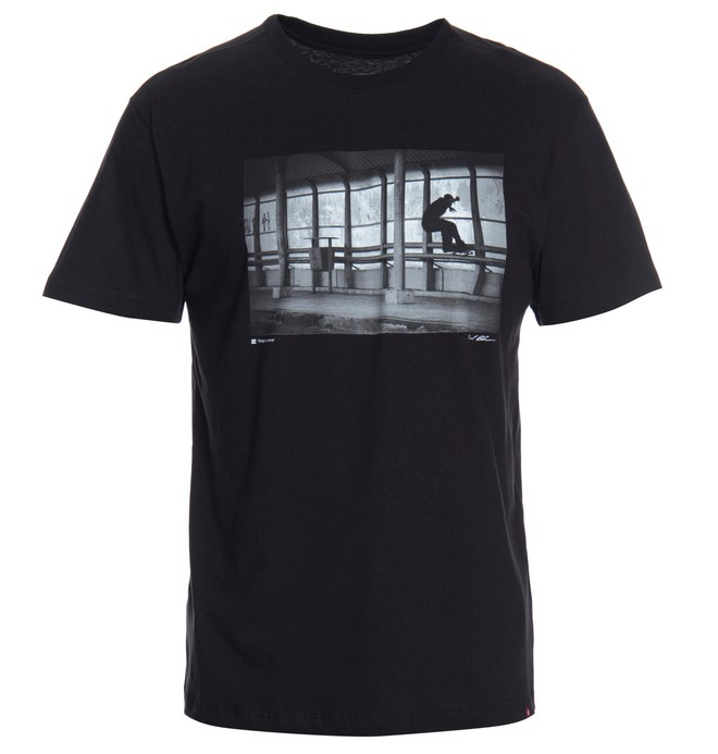 0 Camiseta Masculina Manga Curta Estampa Frontal DC Shoes  BR61114246 DC Shoes