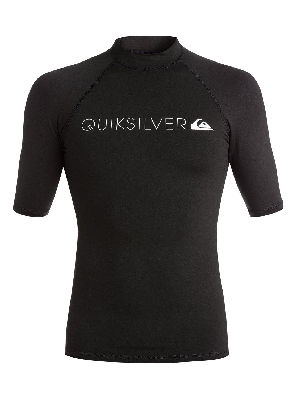 Heater Rash Guard SwimsuitМужской серфовый топ Heater Short Sleeve от Quiksilver.ХАРАКТЕРИСТИКИ: фактор защиты от солнечного УФ излучения UPF 50+, облегающий крой, текстиль из полипропилена.СОСТАВ: 95,5% полиэстер, 4,5% эластан.<br>