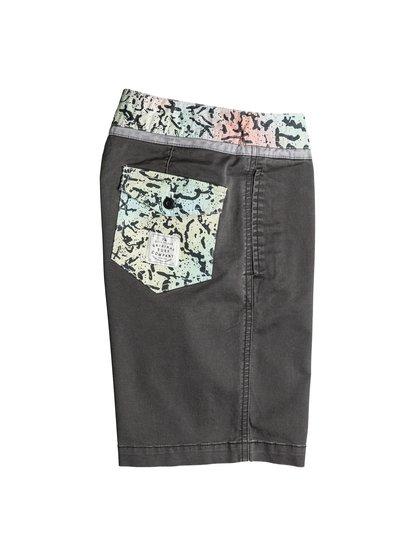 Boys Street Trunk Yoke Cracked ShortsШорты для мальчиков Street Trunk Yoke Cracked от Quiksilver.ХАРАКТЕРИСТИКИ: крой Yoke, пояс с регулировкой, прямой крой, длина 38,1 см.СОСТАВ: 98% хлопок, 2% эластан.<br>