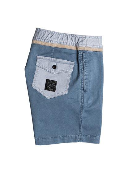 Boys Street Trunk Yoke ShortsШорты для мальчиков Street Trunk Yoke от Quiksilver. <br>ХАРАКТЕРИСТИКИ: крой Yoke, пояс с регулировкой, прямой крой, длина 38,1 см. <br>СОСТАВ: 98% хлопок, 2% эластан.<br>
