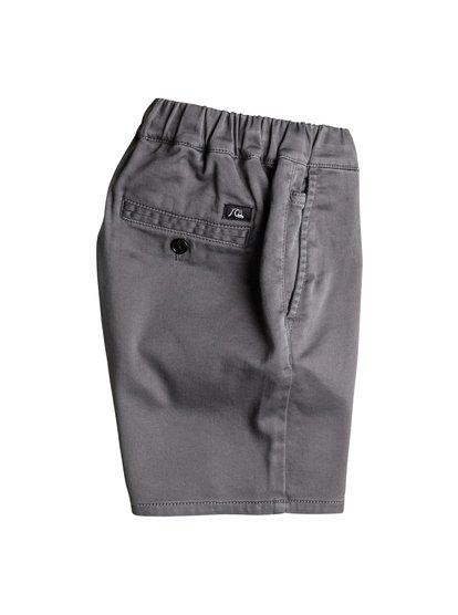 Boys Fonic ShortsШорты для мальчиков Fonic от Quiksilver.ХАРАКТЕРИСТИКИ: эластичная ткань, фасон «чино», длина 38,1 см, пояс с регулировкой.СОСТАВ: 99% хлопок, 1% эластан.<br>