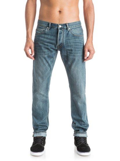 Прямые мужские джинсы Revolver Best 34Прямые мужские джинсы Revolver Best 34 от Quiksilver.ХАРАКТЕРИСТИКИ: классические пять карманов, ширинка на пуговицах, сочетание хлопка и технологичной ткани COOLMAX®, мягкий деним плотностью 383 г/кв. м.СОСТАВ: 80% хлопок, 20% Coolmax.<br>