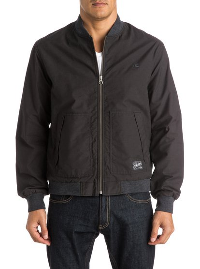 Dark Journeys JacketМужская куртка Dark Journeys от Quiksilver.ХАРАКТЕРИСТИКИ: классический «бомбер», два кармана с клапаном, отделка в контрастный рубчик, ярлык-нашивка Quiksilver.СОСТАВ: 68% хлопок, 32% нейлон.<br>