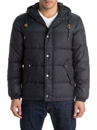 Куртка мжская WoolmoreСтаньте волком в овечьей шкуре этой зимой — для этого нужно будет всего лишь надеть куртку Woolmore. Это пуховик стандартного кроя, который весьма напоминает шерстяное изделие, но суть его гораздо более многогранна. Водоотталкивающий полиэстер и мягкий утеплитель помогут вам оставаться в сухости и тепле в любую погоду, а контрастные рукава и капюшон не забудут сообщить окружающим, что в их ряды затесался стиляга. Передние карманы на скрытой молнии позаботятся о ценном имуществе.<br>