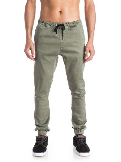 Fonic JoggersМужские штаны для бега Fonic от Quiksilver.ХАРАКТЕРИСТИКИ: эластичный пояс и края штанин, черный пояс на утяжке, эластичная хлопчатобумажная саржа, узкий крой.СОСТАВ: 99% хлопок, 1% эластан.<br>