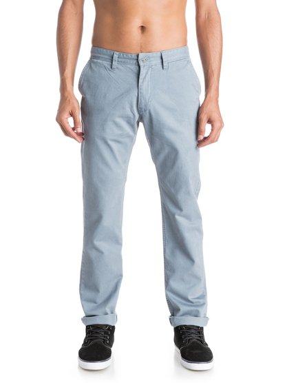Everyday Chino ChinosМужские брюки-чино Everyday Chino от Quiksilver. <br>ХАРАКТЕРИСТИКИ: фасон «чино» с карманами, хлопчатобумажная саржа, ткань плотностью 289 г/кв. м, прямой крой. <br>СОСТАВ: 100% хлопок.<br>