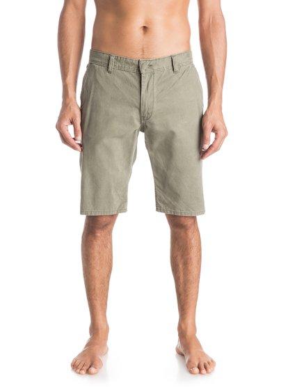 Everyday Chino ShortsМужские шорты Everyday Chino от Quiksilver. <br>ХАРАКТЕРИСТИКИ: ткань «чино», стандартный крой, длина 53,3 см (21), затертая хлопчатобумажная саржа. <br>СОСТАВ: 100% хлопок.<br>