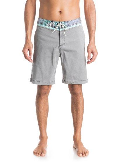Street Trunk Yoke Cracked Shorts от Quiksilver RU