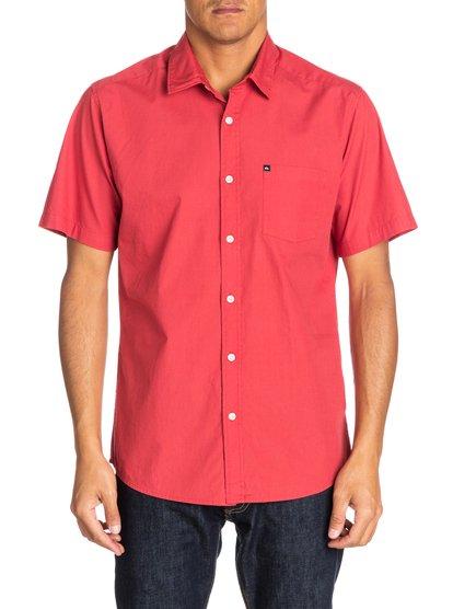 Everyday Solid SSМужская рубашка с коротким рукавом от Quiksilver – новинка из коллекции Весна 2015. Характеристики: стандартный крой, поплин, один карман.<br>