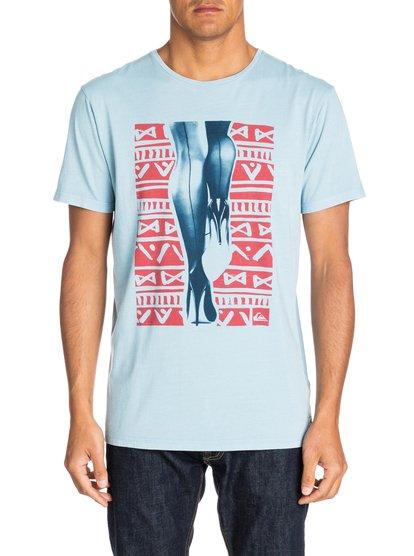 Garment Dyed Tee Surf And ResillМужская футболка Quiksilver с коротким рукавом – новинка из коллекции Весна 2015. Характеристики: мягкий натуральный трикотаж плотностью 140 г/кв. м, современный крой Modern Fit.<br>