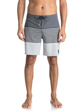 REVOLUTION BEACHSHORT 18  EQYBS03912