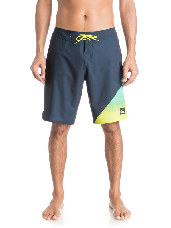 "0 AG47 New Wave 20"" Boardshorts  EQYBS03222 Quiksilver"