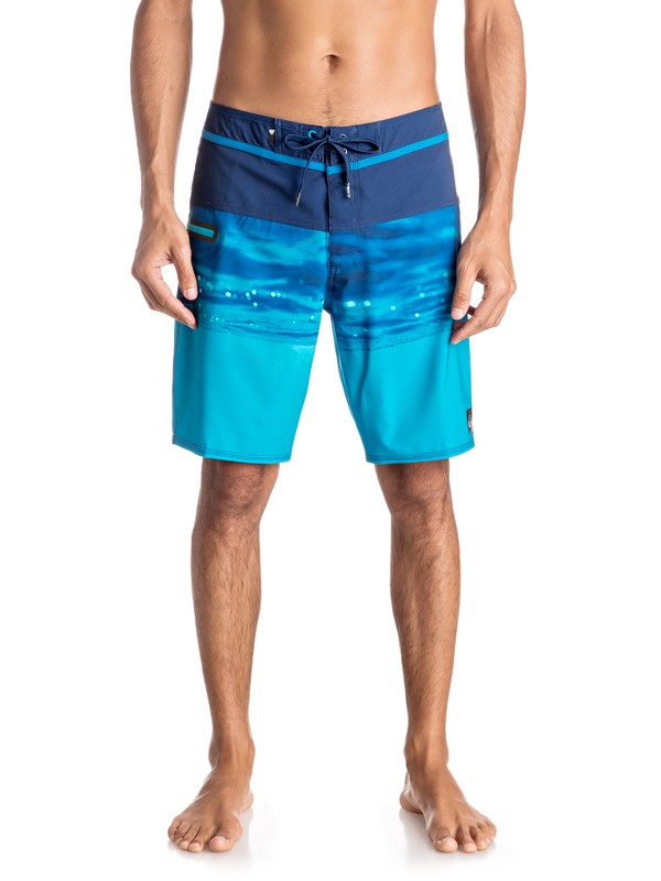 """0 Hold Down Vee 19"""" Boardshorts  EQYBS03580 Quiksilver"""