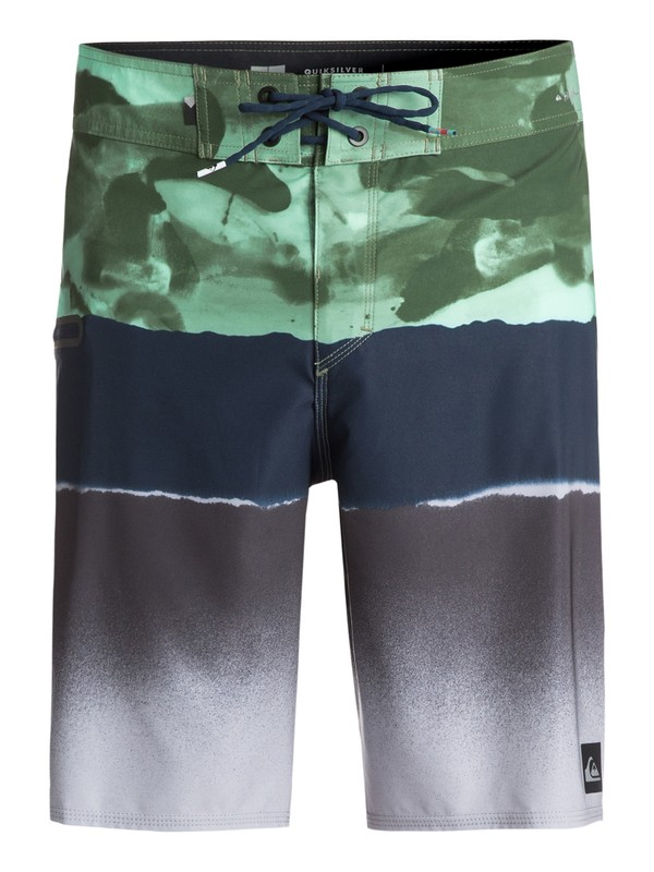 "0 Blocked Resin Camo 20"" Boardshorts Green EQYBS03742 Quiksilver"