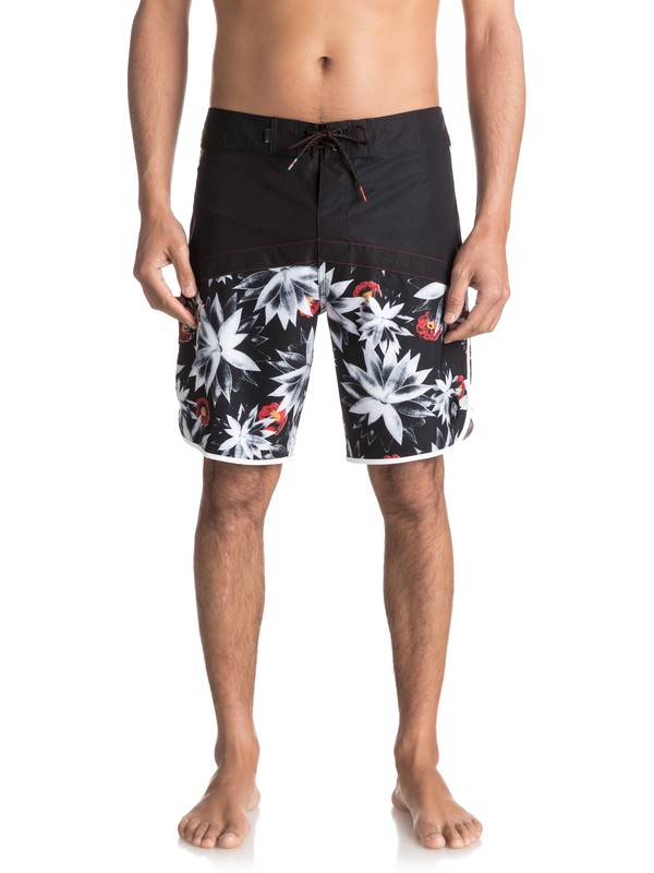 """0 Crypt Scallop 20"""" Boardshorts Black EQYBS03744 Quiksilver"""