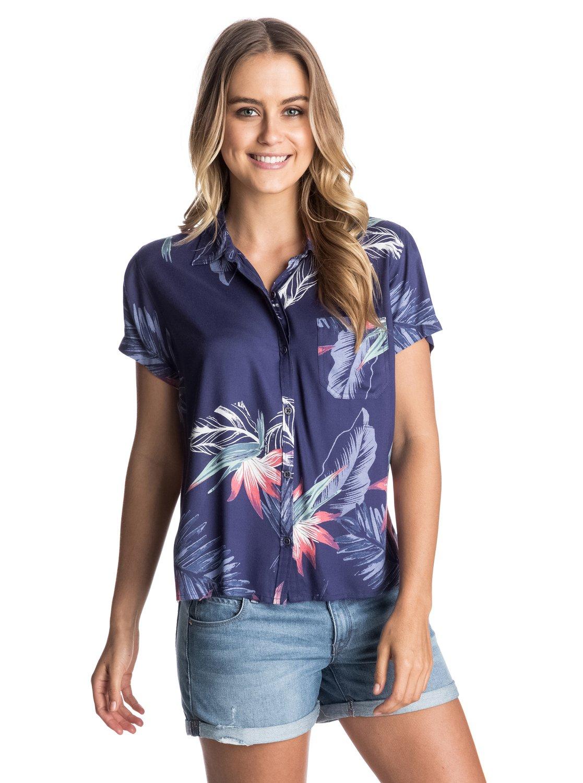 Camp LifeВ такой рубашке можно смело отправляться навстречу любым тропическим приключениям. Замечательно смотрится поверх бикини или с повседневной городской одеждой. Алоха! Длина 61 см. 100%-я вискоза.<br>