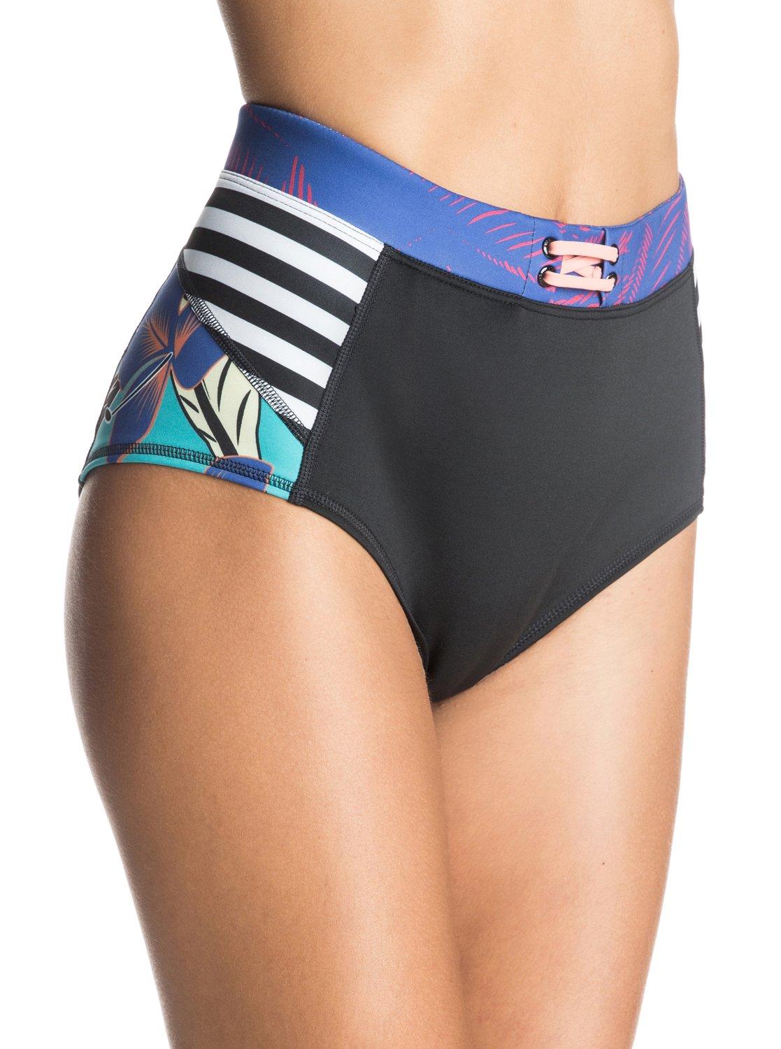 Polynesia High Bikini bottomsЖенские плавки бикини Polynesia High от ROXY.ХАРАКТЕРИСТИКИ: эластичный переработанный полиэстер, высокий пояс, стильная молния сзади, средняя площадь ткани.СОСТАВ: 86% полиэстер, 14% эластан.<br>