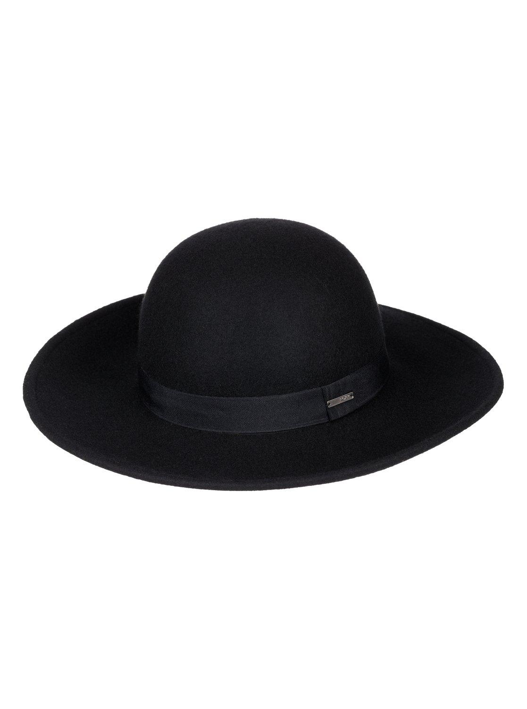 Шляпка-федора Love In L.AШляпа Love in L.A. с широкими полями – это отличный способ без лишних слов заявить о своем безупречном вкусе. Простая и вместе с тем утонченная, она прекрасно смотрится с самой разной одеждой и как распущенными волосами, так и убранными в пучок или конский хвост. Попробуйте примерить эту шляпу с сумкой Time for Dancing, вам наверняка понравится результат!Черное и белое. Эффектная палитра из темного и светлого, которая обыгрывает такие монохромные решения на все двести процентов. Принты, стиль colour blocking и противопоставление фактур придают нашим черно-белым вещам простой и одновременно утонченный характер, современный и вместе с тем классический.<br>