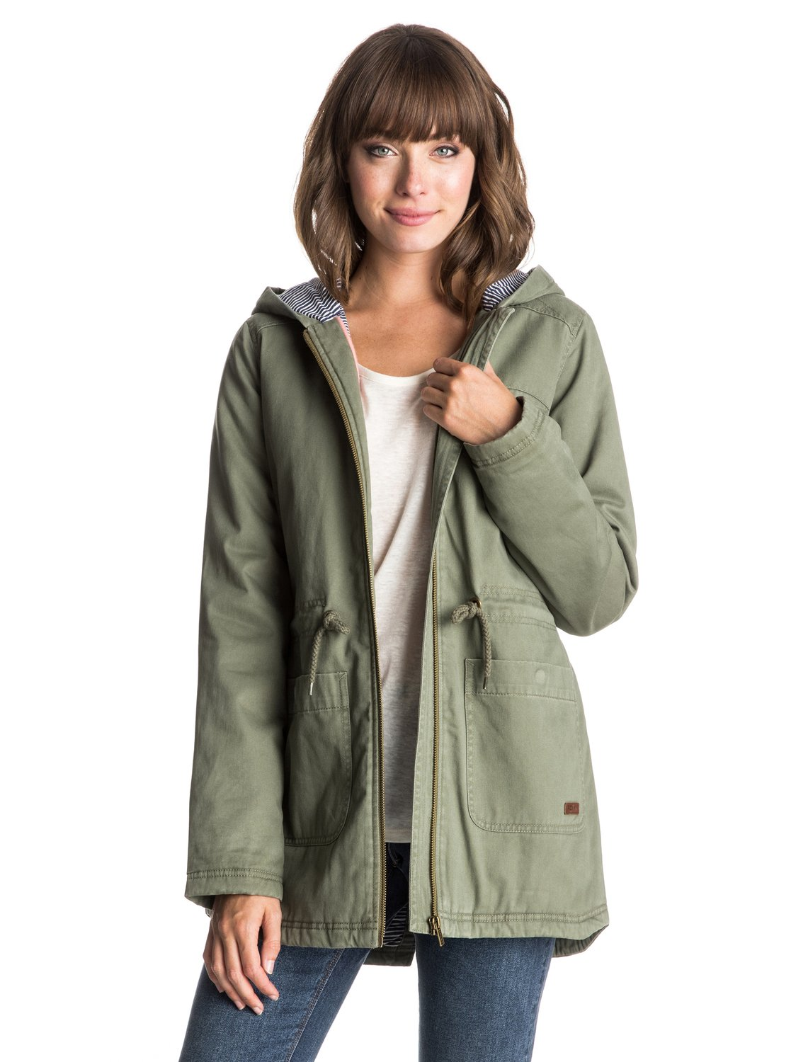 Dec 13, · Best Answer: A jacket is usually short, light weight & used in cool weather. A parka is usually longer reaching 1/2 way between the thigh & the knee, has a quilted thick lining, or down filled, With a hood that sometimes has fur around it to help protect your face from the cold & is used in extremely cold Status: Resolved.