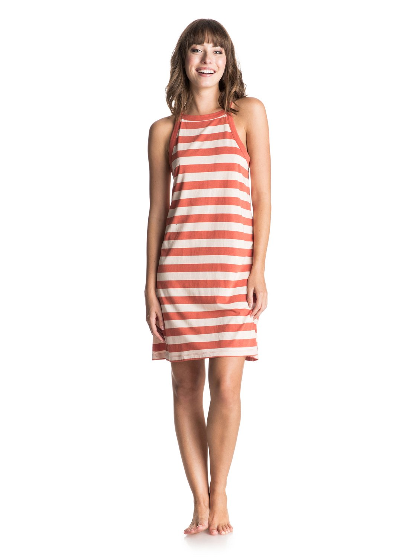 Womens Stranded On A Sandbar Tank DressЖенское платье-майка Stranded On A Sandbar от ROXY.ХАРАКТЕРИСТИКИ: высокий воротник, широкие лямки, вырез-капля на спине.СОСТАВ: 60% хлопок, 40% вискоза.<br>